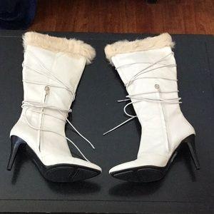 Nine West Jaydon Off white fur trim heel boots